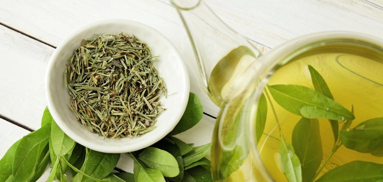 Os benefícios do chá verde no combate e prevenção de doenças