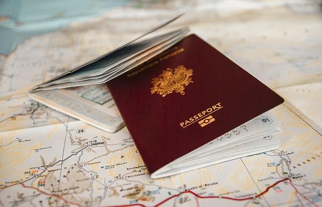 dokumen untuk travelling ke luar negeri