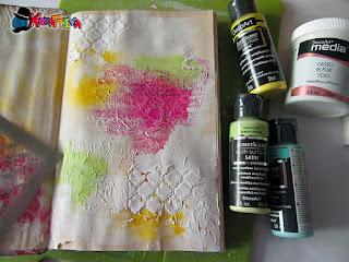 crea disegni materici in rilievo con stencil