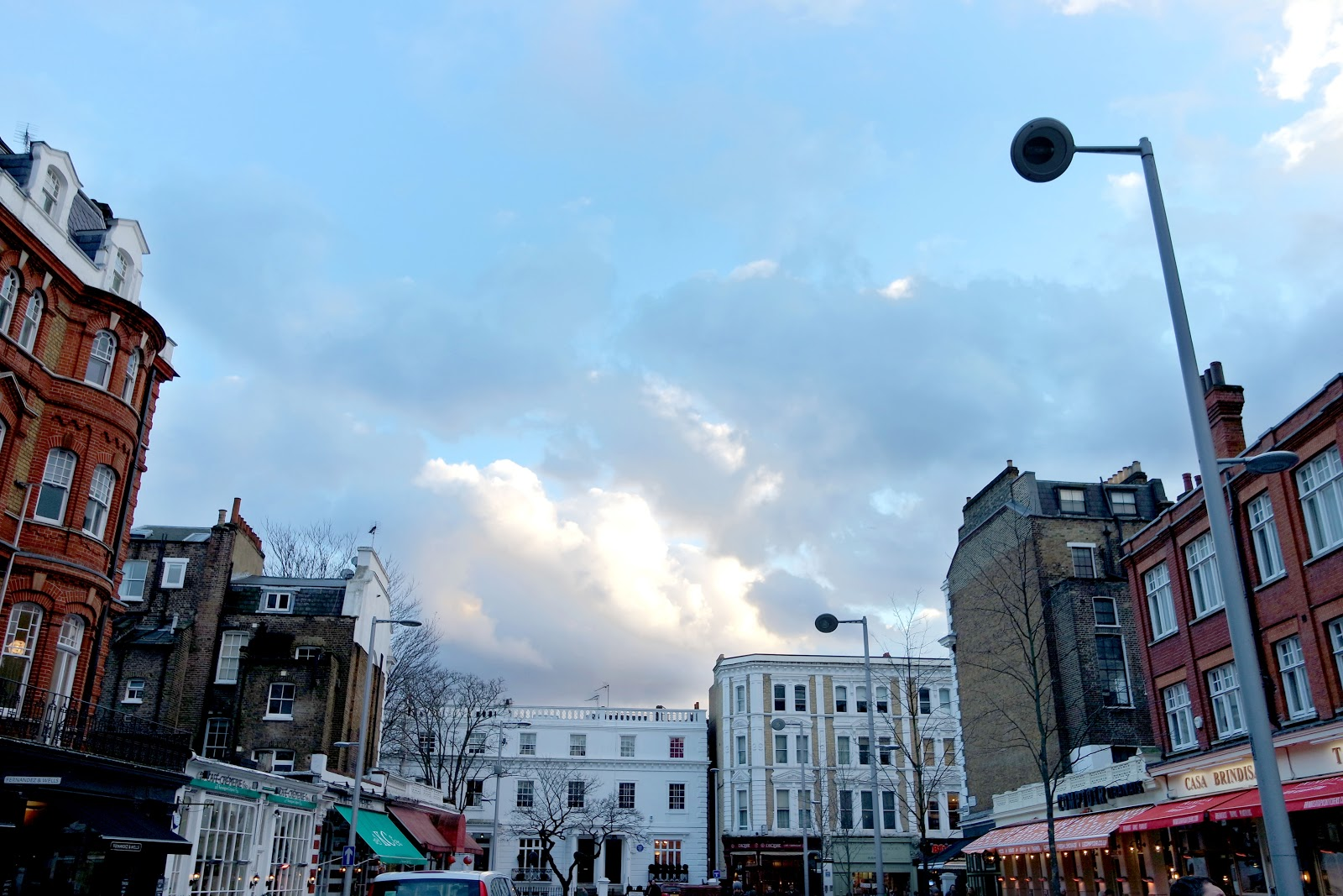 exhibition Road, South Kensington, London, Londres, vlog, blog, travel, travelling, london streets, french,