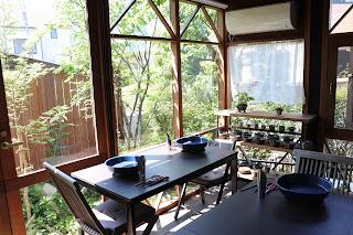 山野草盆栽教室のアトリエ ソーシャルディスタンスに配慮した席配置
