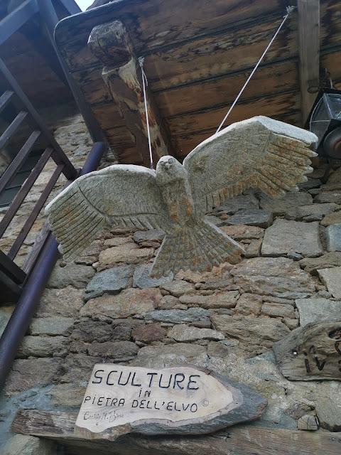 esposizione di sculture a Bagneri