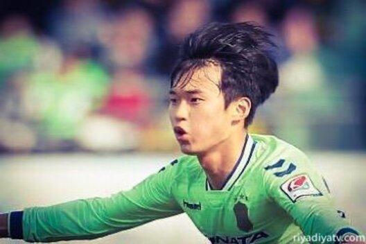 كيم جين سو لاعب النصر الجديد الكوري الجنوبي