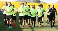 Η αποστολή των ποδοσφαιριστών της ΑΕΚ για το φιλικό της Τετάρτης στα Τρίκαλα
