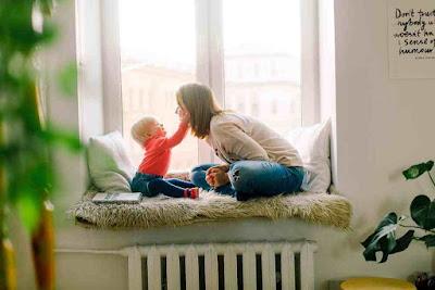 سباب رائحة النفس الكريهة عند الاطفال الرضع