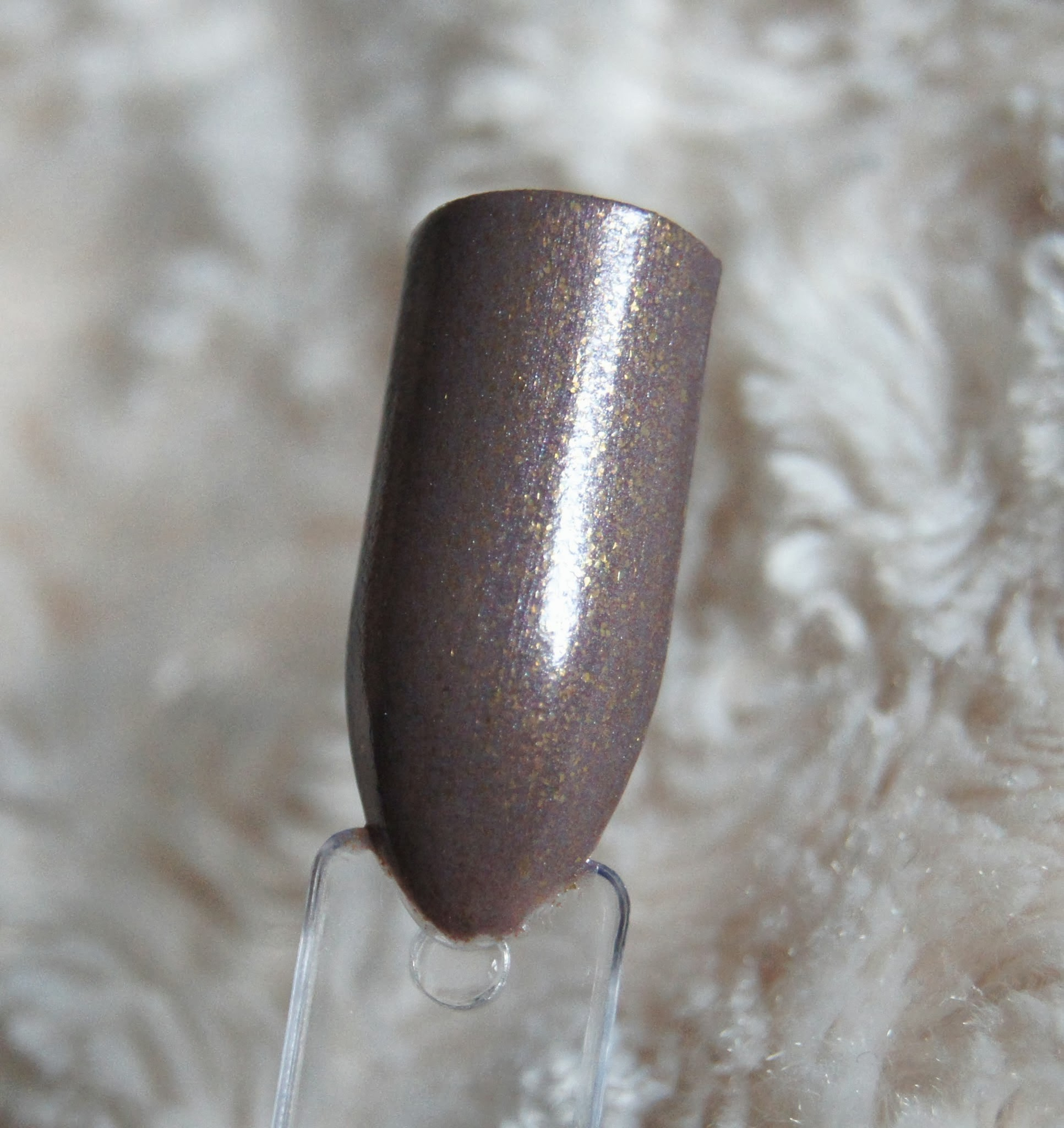 leighton denny coconutty high performance nail colour swatch