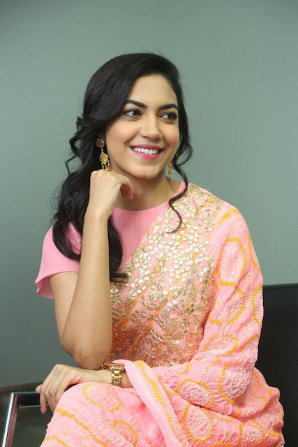 Ritu Varma Stills At Keshava Interview