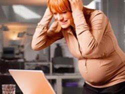 9 mẹo kiểm soát stress cho mẹ bầu công sở