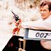 Roger Moore, ator de James Bond, morre aos 89 anos