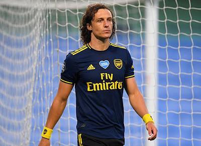 Arsenal ra quyết định bất ngờ về David Luiz