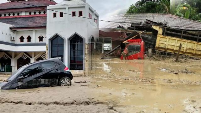 Banjir Bandang Masamba, 46 Korban Hilang! Kota Penuh Lumpur