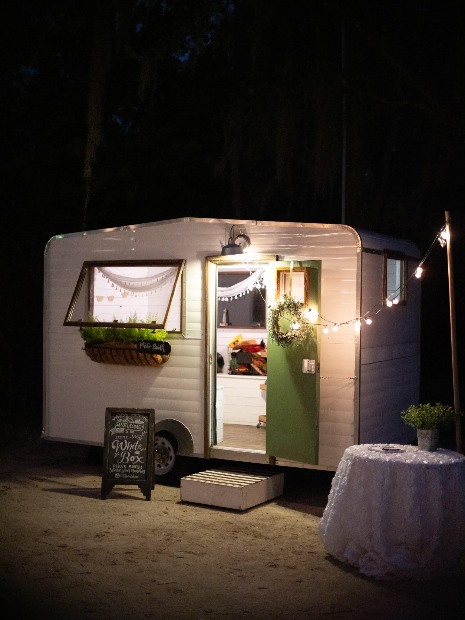 Charleston Photobooth Weddings - Chasing Cinderella