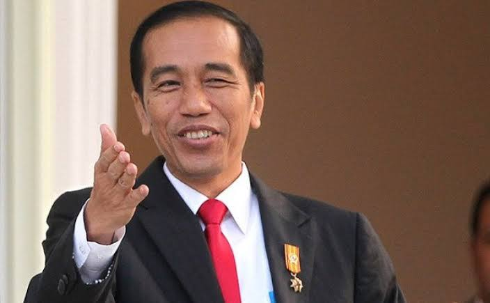 Jokowi Kini Punya Kuasa Penuh buat Angkat, Mutasi, hingga Pecat PNS