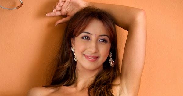 Sanjana Nude 112