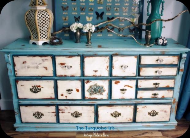 vintage distressed bedroom furniture