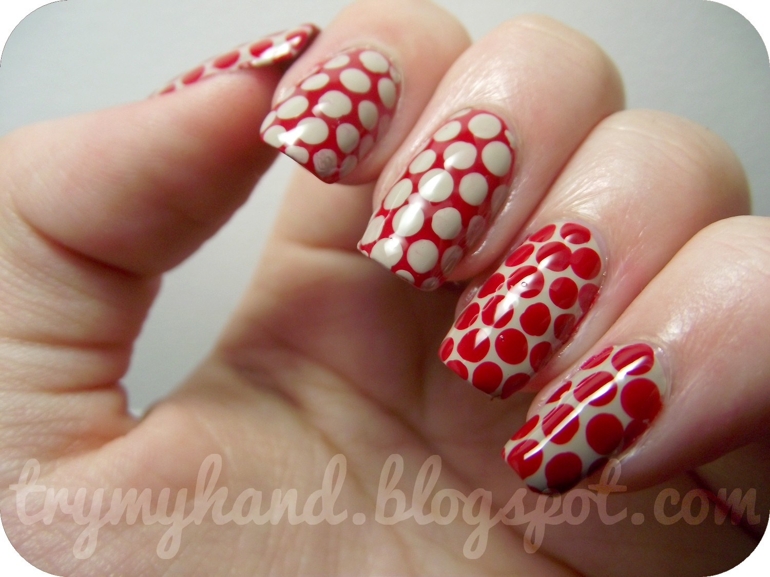 Try My Hand: 15 Day Nail Challenge (Day 9) : Red Nails