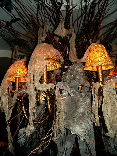 Interior Decoration: EZ Decorating Know-How: Spooktacular Halloween Decorations