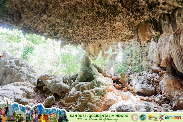 magnificent cave in San Jose Occidental Mindoro cave tourism