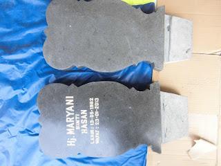 Nisan Kembang Granit Jenis Grey Untuk Ibunda