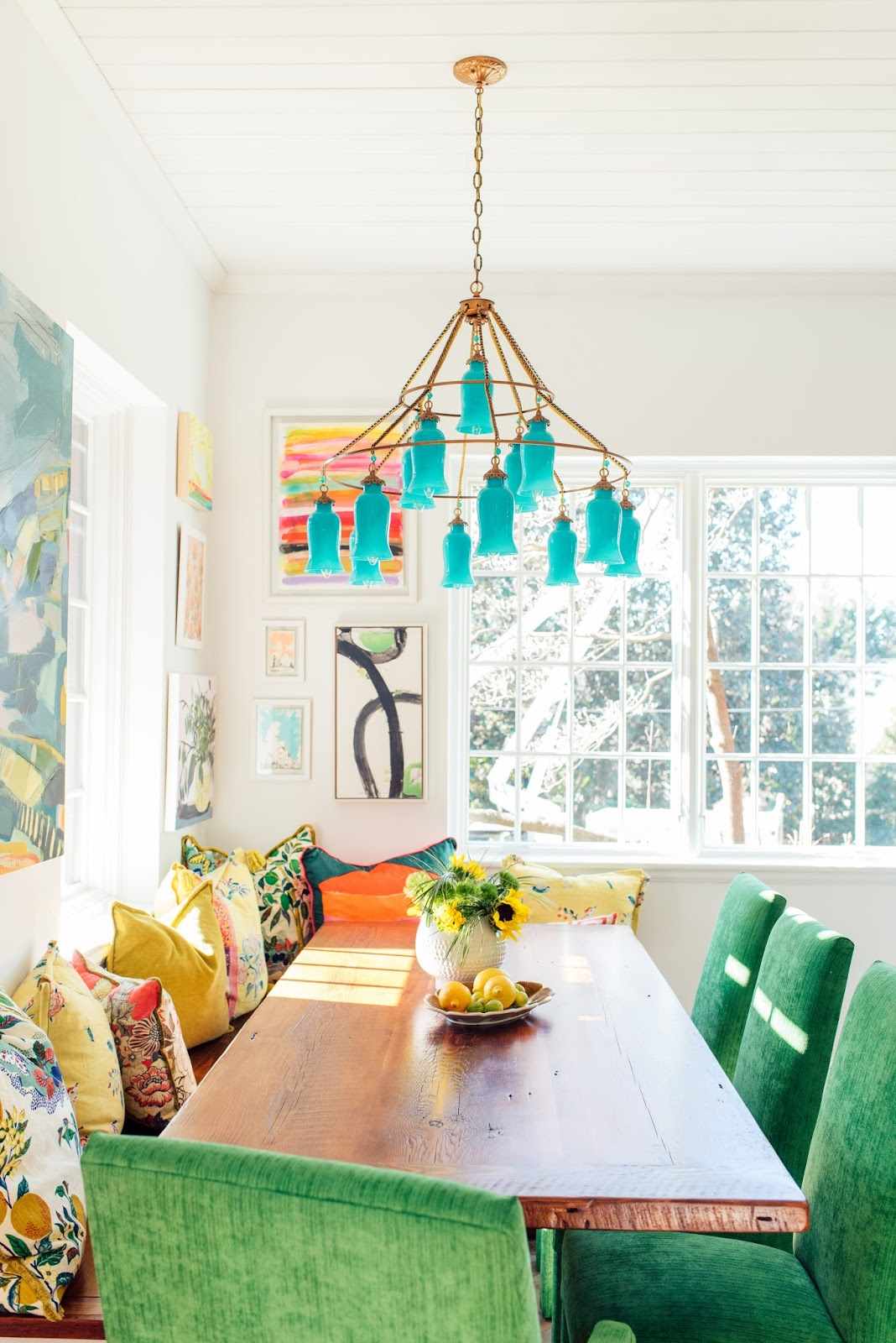 EIGHT COLORFUL HOME DECOR BLOGS TO FOLLOW   Dimples and Tangles Amanda Louise Interiors