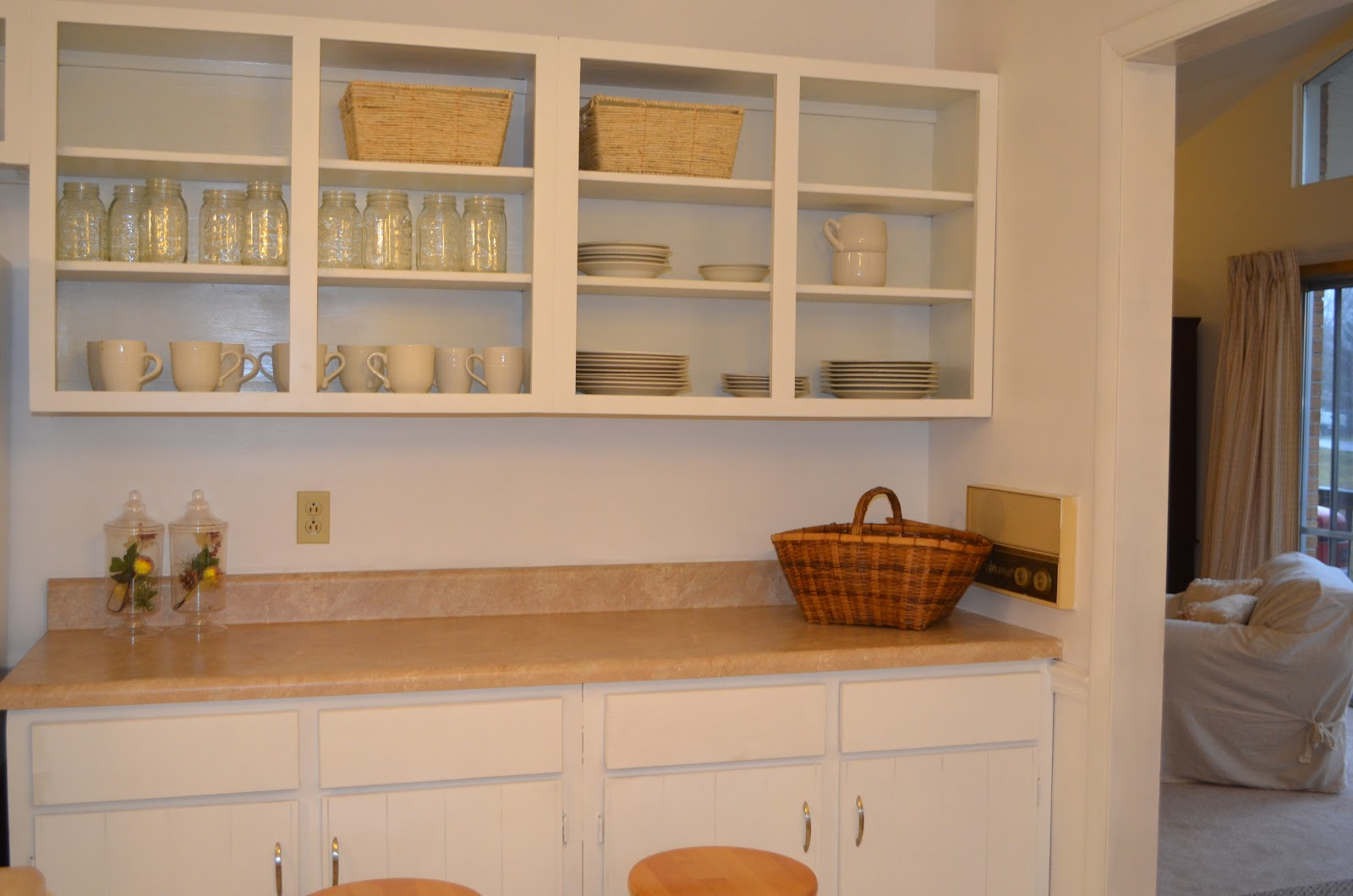 Kitchen Colors with Beige Cabinets