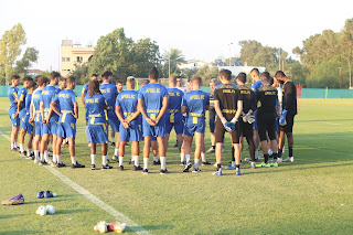 Ποδοσφαιριστής του ΑΠΟΕΛ με COVID (δεν είναι στην Βουλγαρία)