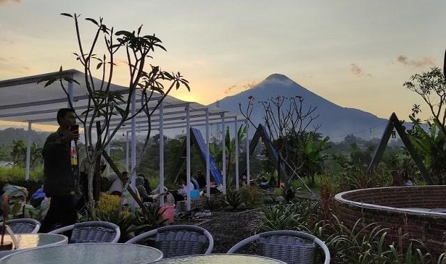 panorama apjhon cafe pandaan pasuruan