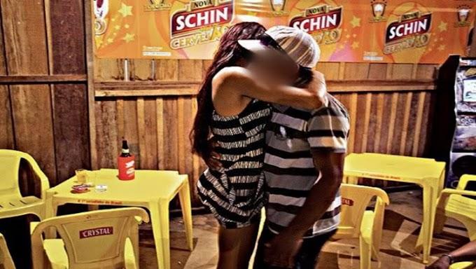 'NO CABARÉ': Jovens são roubadas por casal agenciador de garotas de programa no rio Madeira