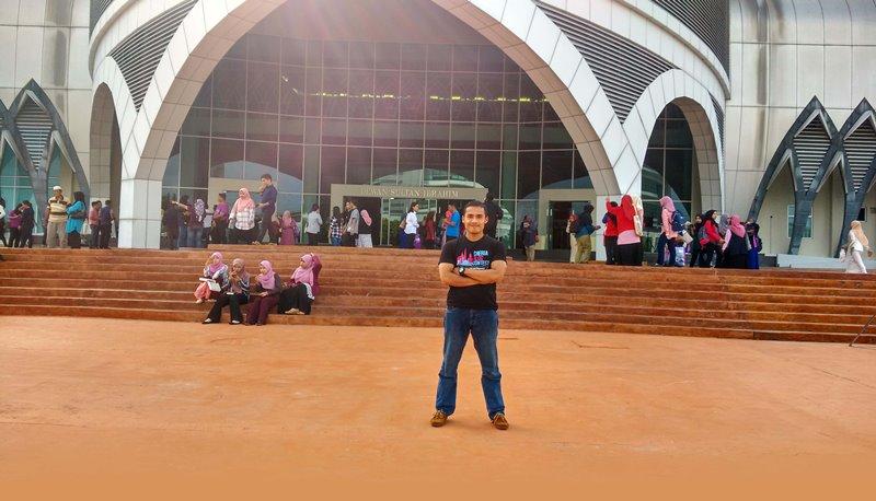 Asiknya Keliling Kota Johor Bahru Malaysia