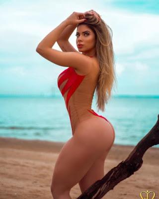 Mariana Castilho 06