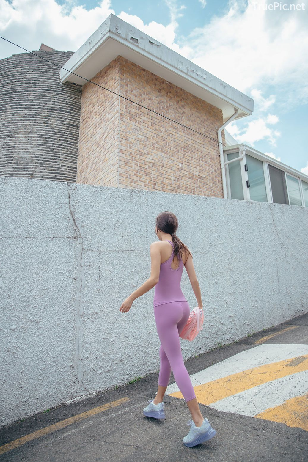 Korean model and fashion - Park Da Hyun - Plum Violet Fitness Set - Picture 8