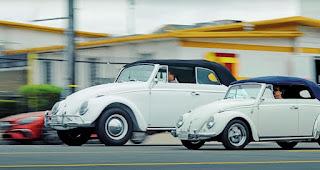 Kleiner Käfer ganz GROSS   Eine VW Käfer wurde zu einem Riesen-Käfer gebaut