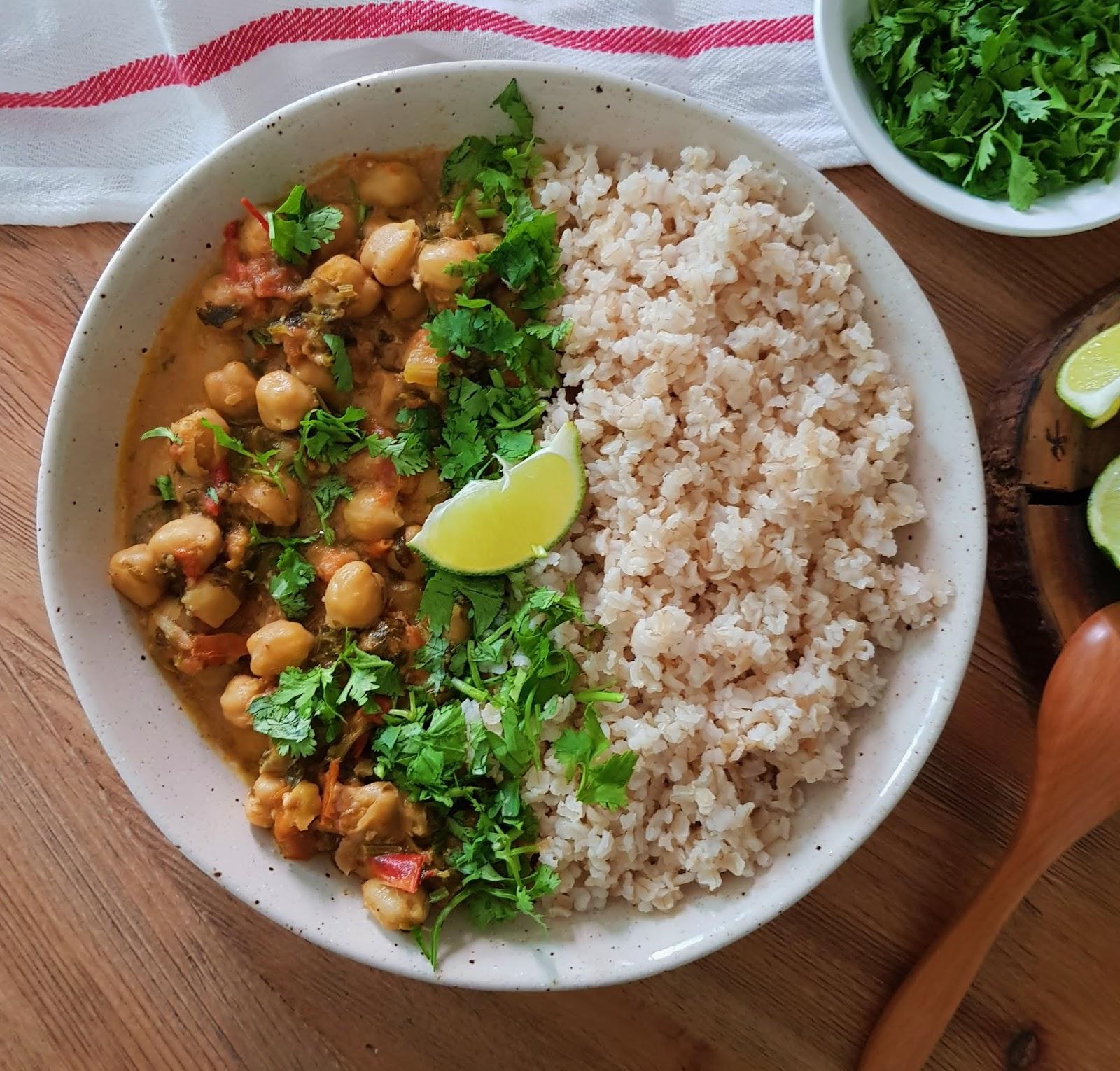Vegan Chickpea Curry Recipe - Easy Vegan Recipes - Best vegan Indian recipes - Vegan Curry