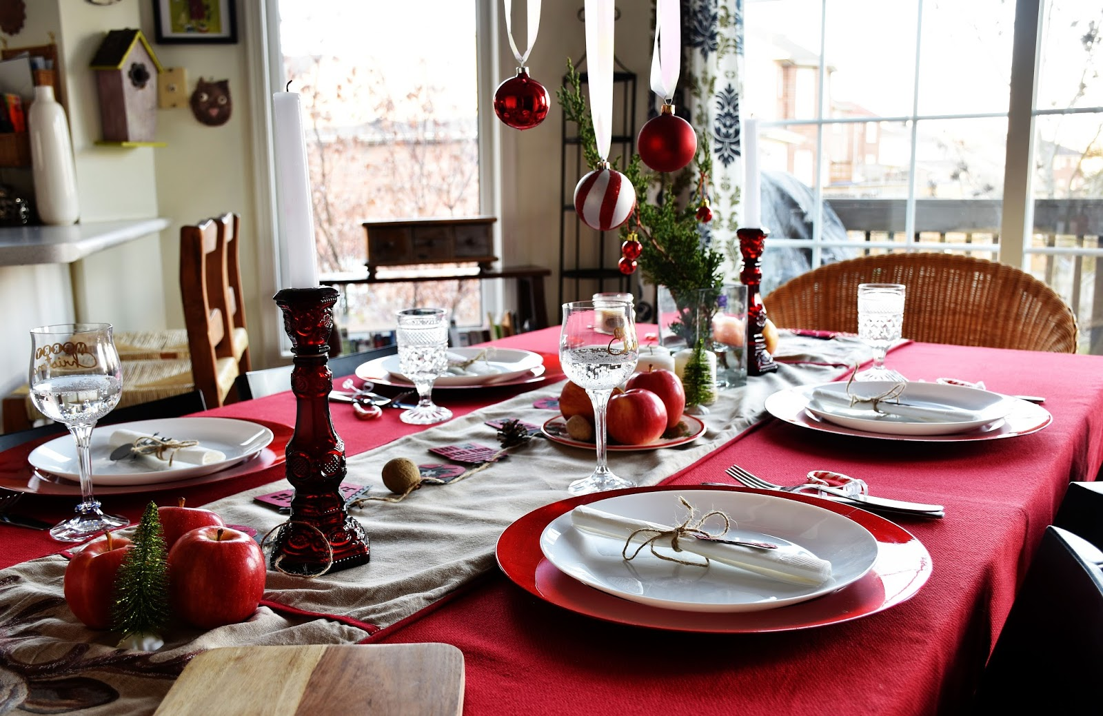 A Family Friendly Red And White Scandi Inspired Christmas Table With Cricut Designs