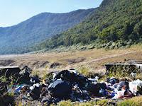 Ayo Cintai Kebersihan di Pegunungan dengan Kantong Sampah!!