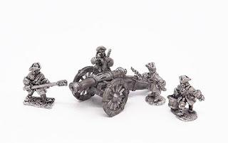 MAL14 - MAL19    New artillery crews