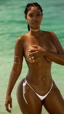 Belles fesses de femmes nues