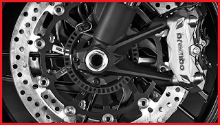 salah satu gangguan yang umum terjadi pada kendaraan yang mengaplikasikan rem cakram pada Penyebab Rem Cakram Motor Blong
