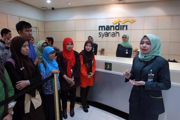Lowongan Kerja SMA/SMK, D1/D3, S1/S2 PT Bank Mandiri Syariah (BSM) Seluruh Indonesia   Posisi: Teller Magang, Office Development Program, Banking Staff (Periode: November - Desember 2019