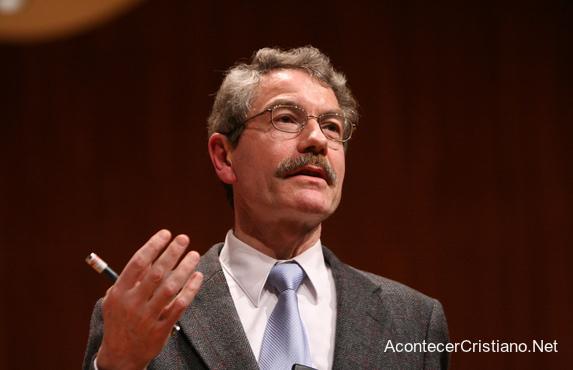 Científico cristiano Ian Hutchinson