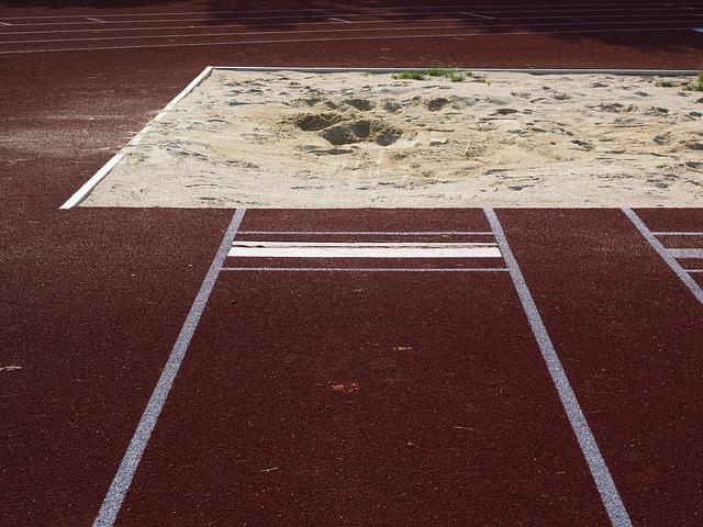 Gambar Lapangan Lompat Jauh beserta Ukuran dan Keterangan
