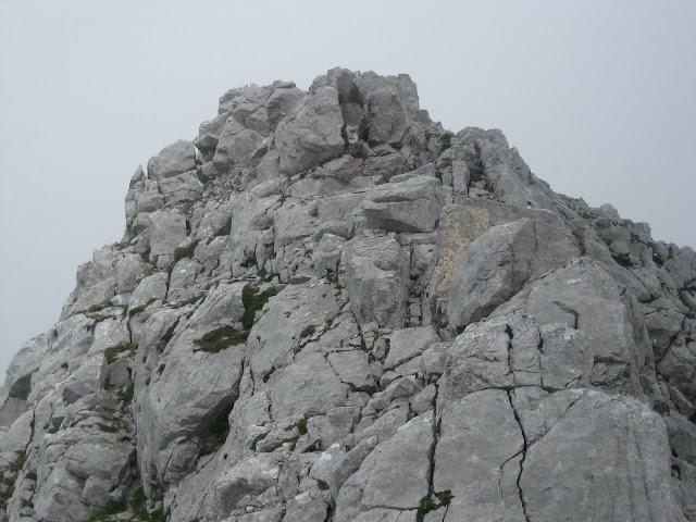 Rutas Montaña Asturias: Llegando a la cima del Canto Cabronero