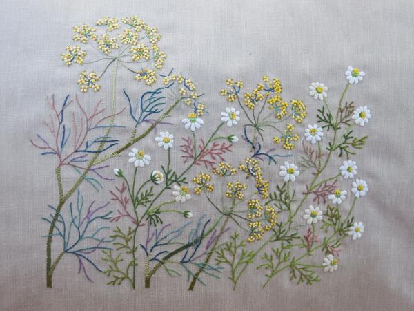 цветочная и травяная вышивка