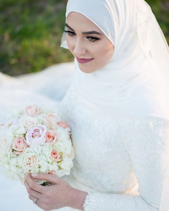 4c8f4b1cf78 Robes de mariées Hijab Styles 2018 2019 en images ...