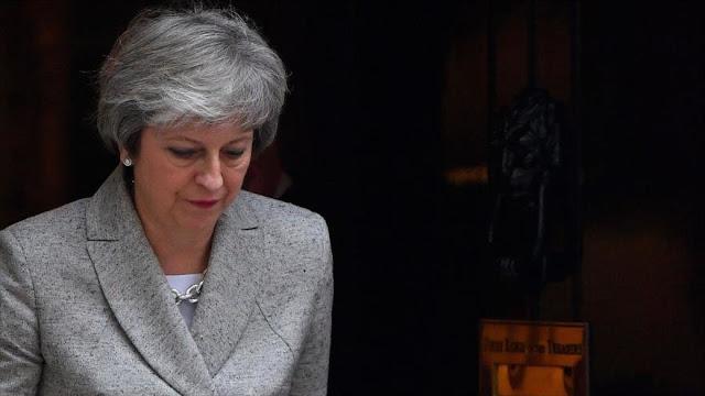 May avisa a España que defenderá soberanía británica de Gibraltar