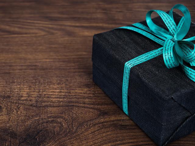 Jak i gdzie kupić trafiony prezent np. na 18 urodziny?