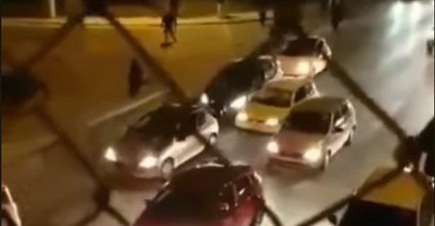 Βίντεο ντοκουμέντο –Αρρωστημένοι και δογματισμενοί της ΑΕΚ επιτίθενται σε αυτοκίνητο άλλων  του Ολυμπιακού