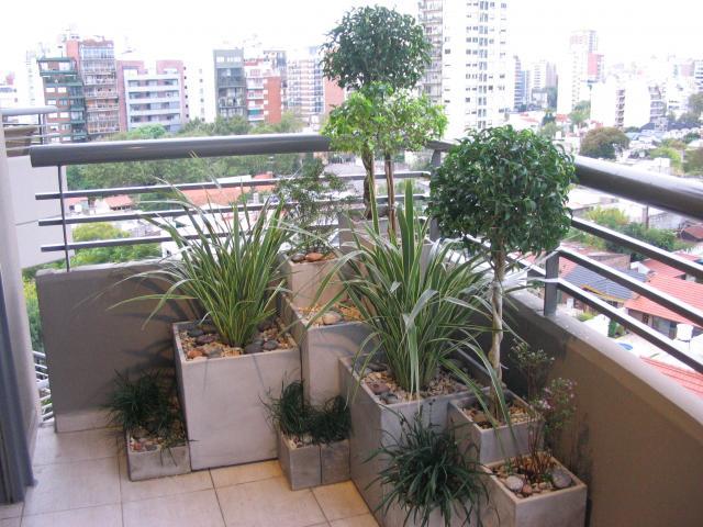 Spazio noi for Jardines verticales en balcones