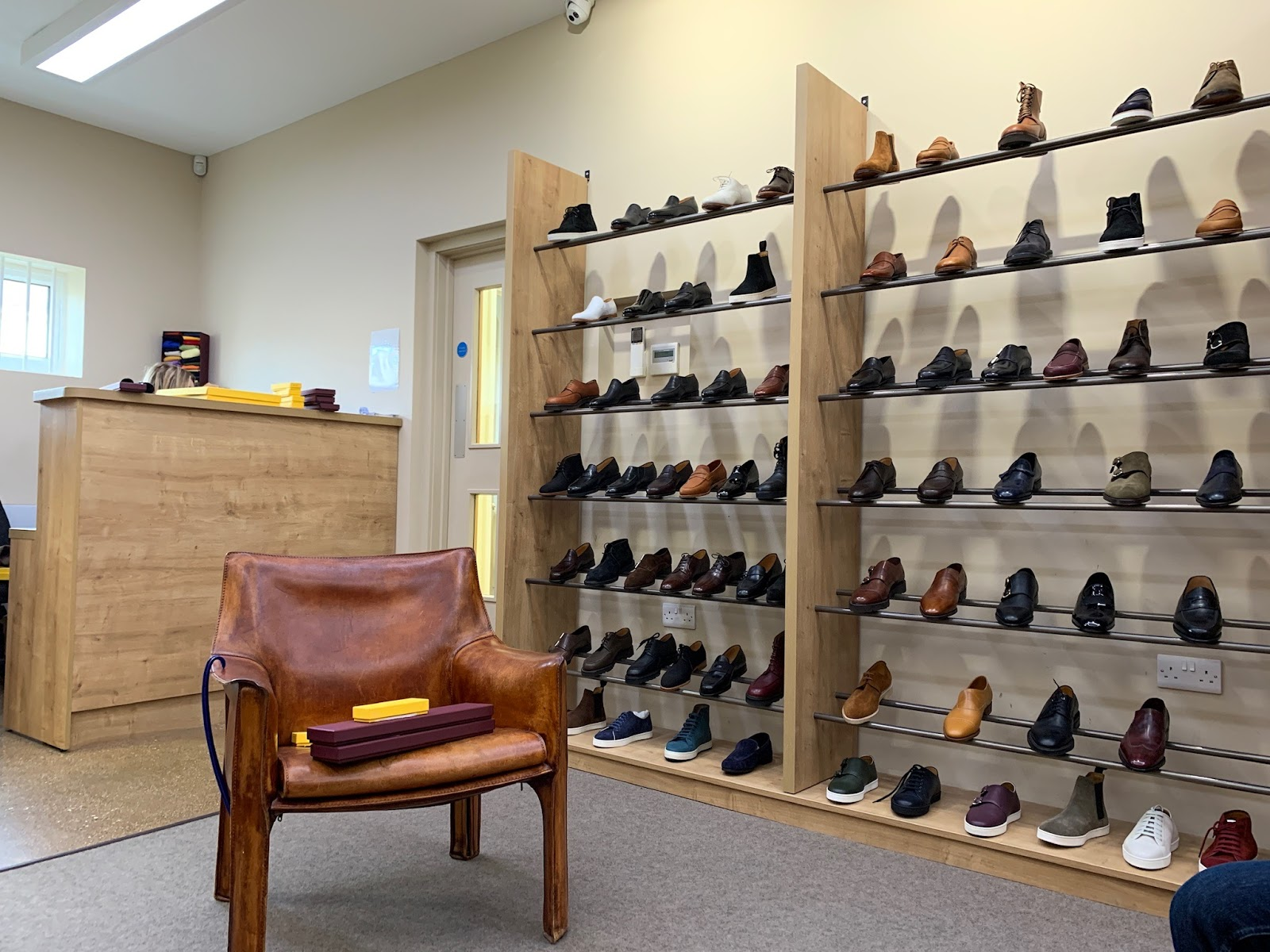 JOHN LOBB Factory shop