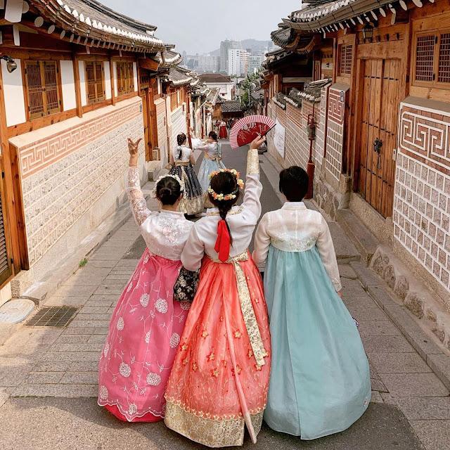 SeoulHanbok201903.jpg